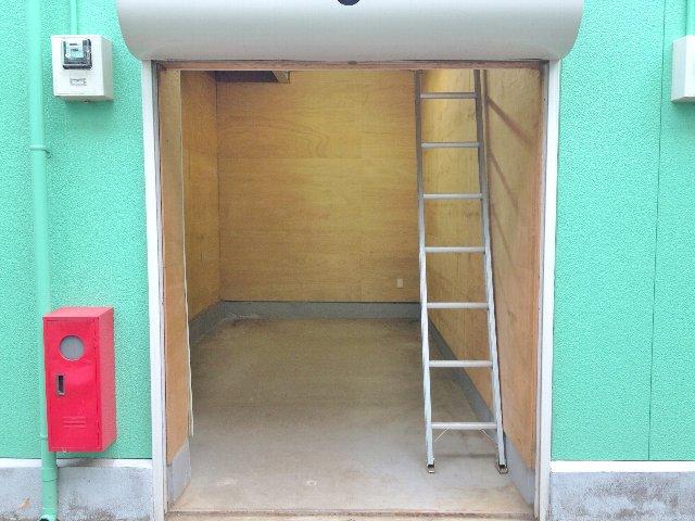 エヌピートランク清戸(内観1階)