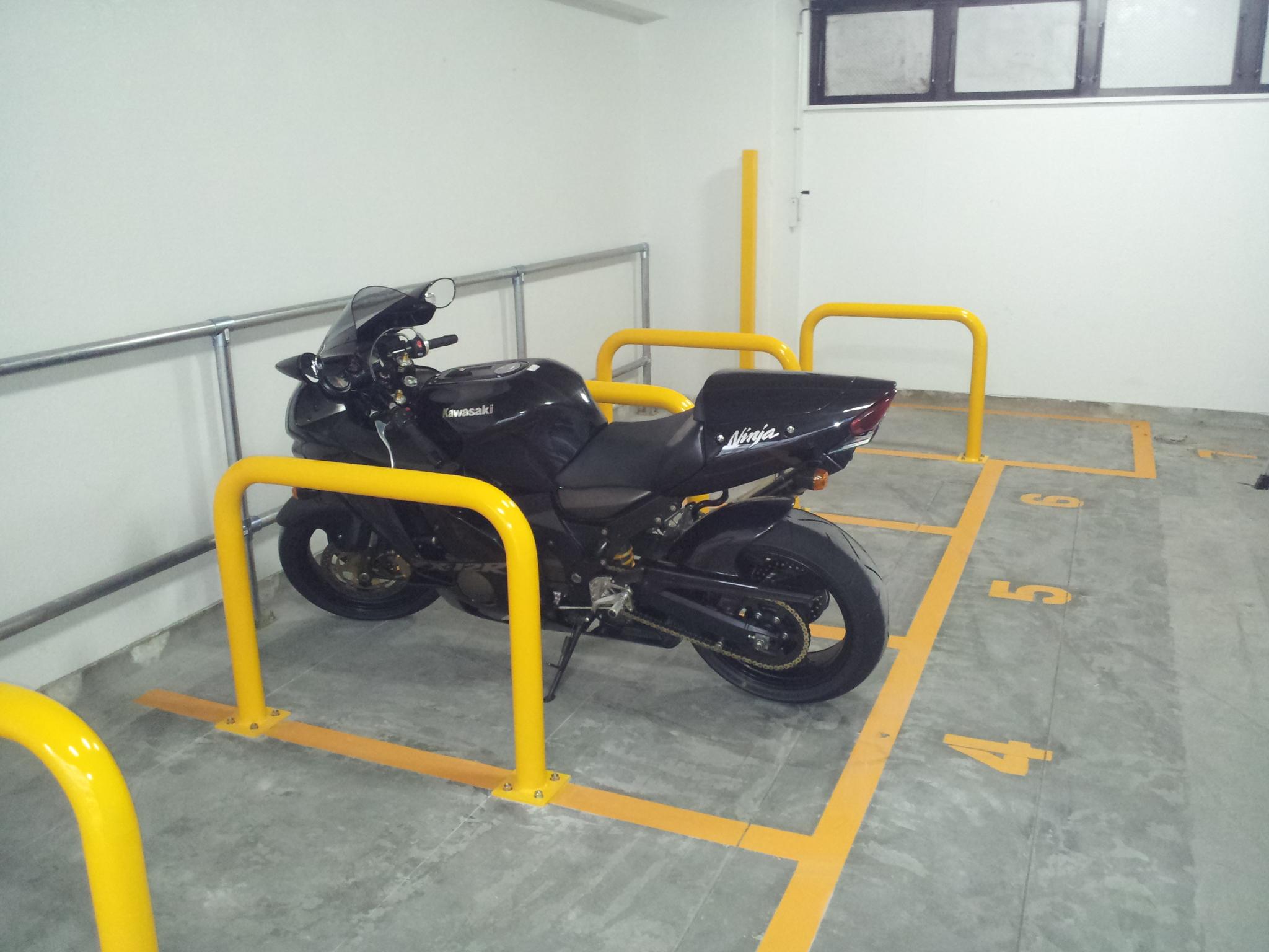 バイクパーク所沢(バイク駐車イメージ)