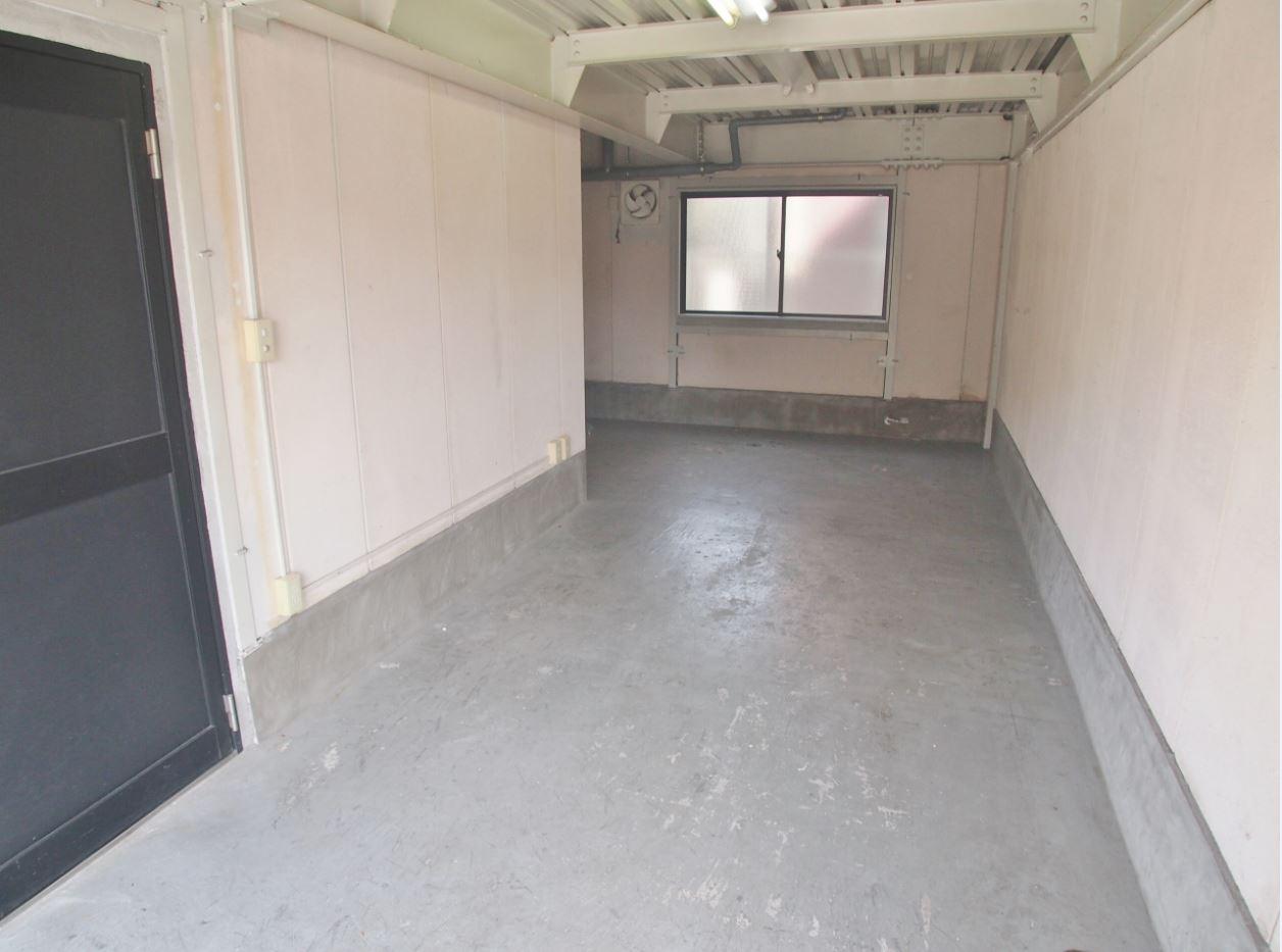 新堀ビジネスプラザ(1階倉庫)