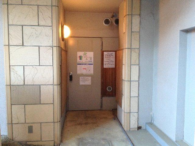 エヌピートランク小川(トランクルーム入口)