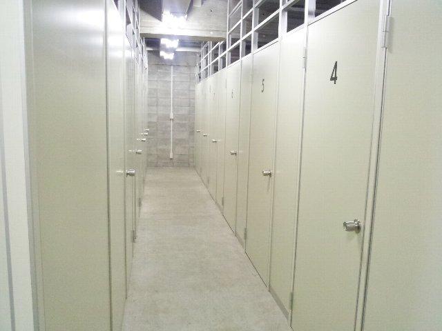エヌピートランク東久留米(共用廊下)