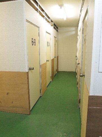 エヌピートランク高井戸(共用部廊下)