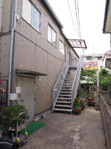 エヌピートランク緑町(トランクルーム入口)