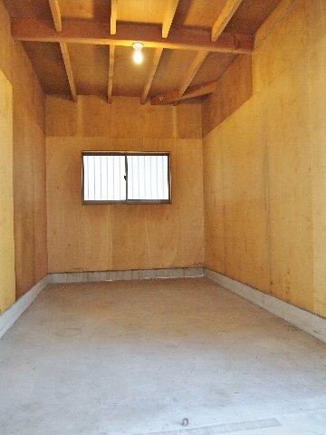 エヌピートランク第二本宿(1階内観)