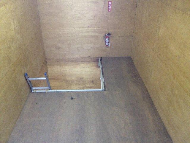 エヌピートランク清戸(内観2階)