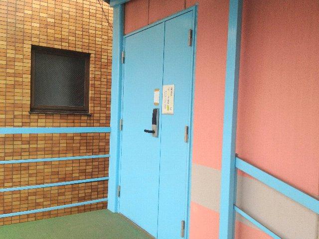 エヌピートランク東所沢(トランクルーム入口)