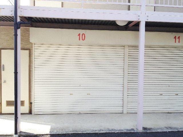 エヌピートランク下安松(1階外観)