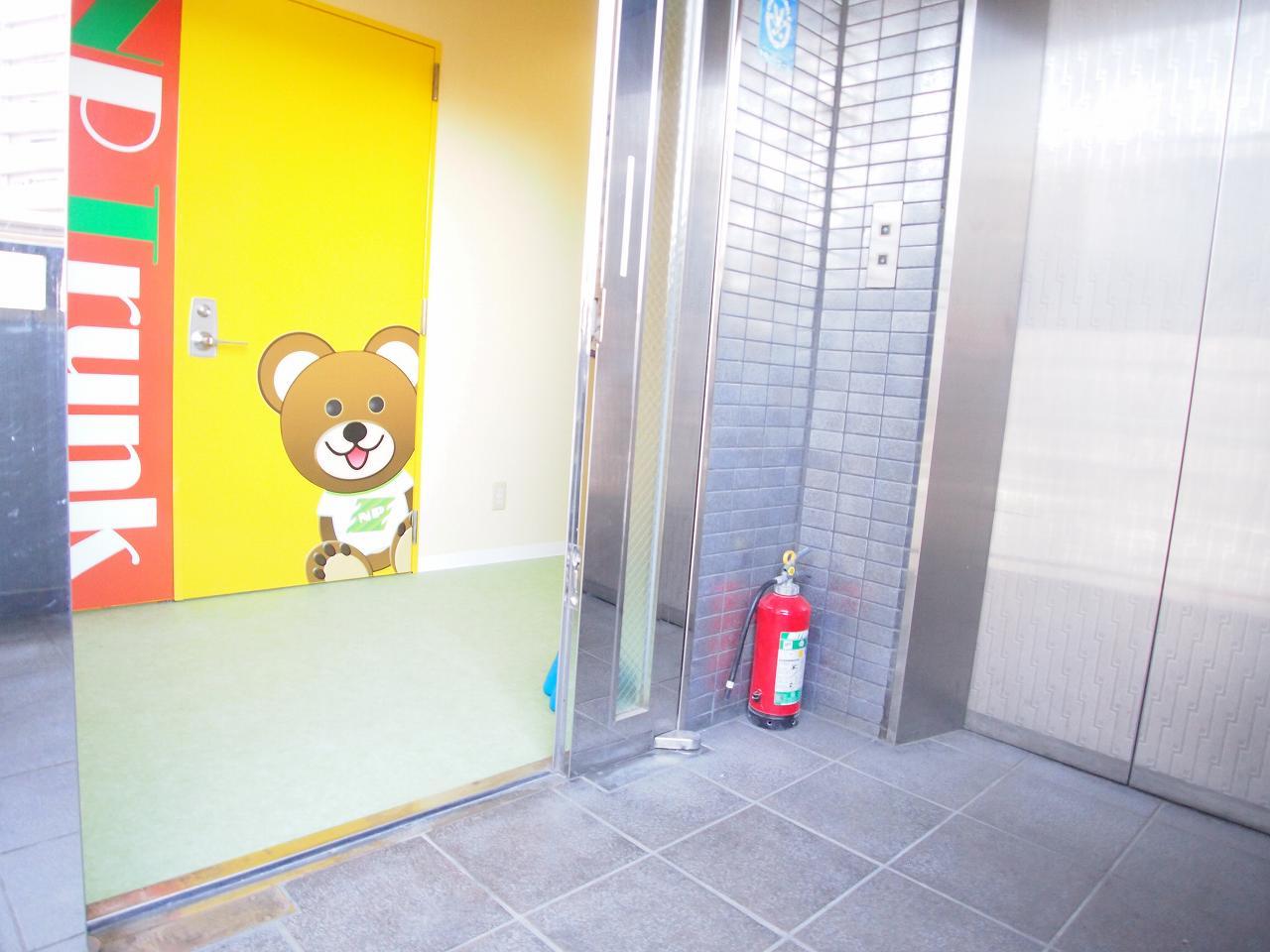 エヌピートランク入間市駅前(エレベーター&入口)