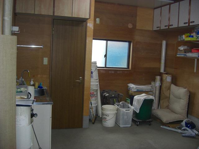 久米川町2丁目倉庫付事務所(1階)